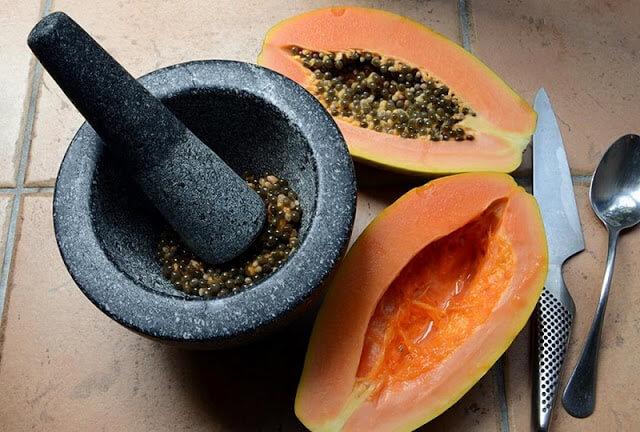 grinding papaya