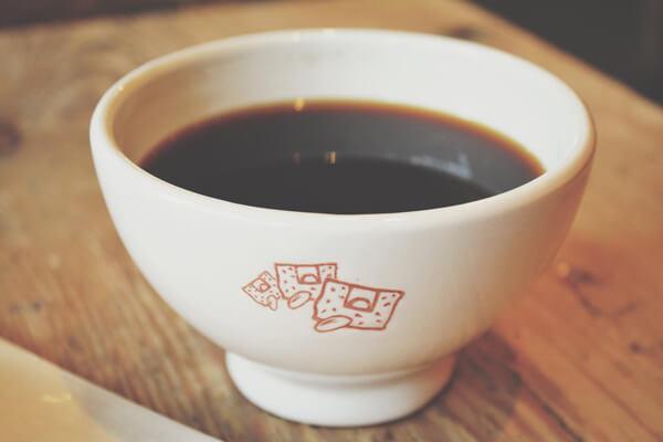 Tónico Casero de Café Para Una Piel Brillante