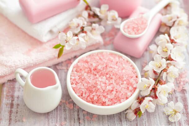 exfoliante de sal rosado