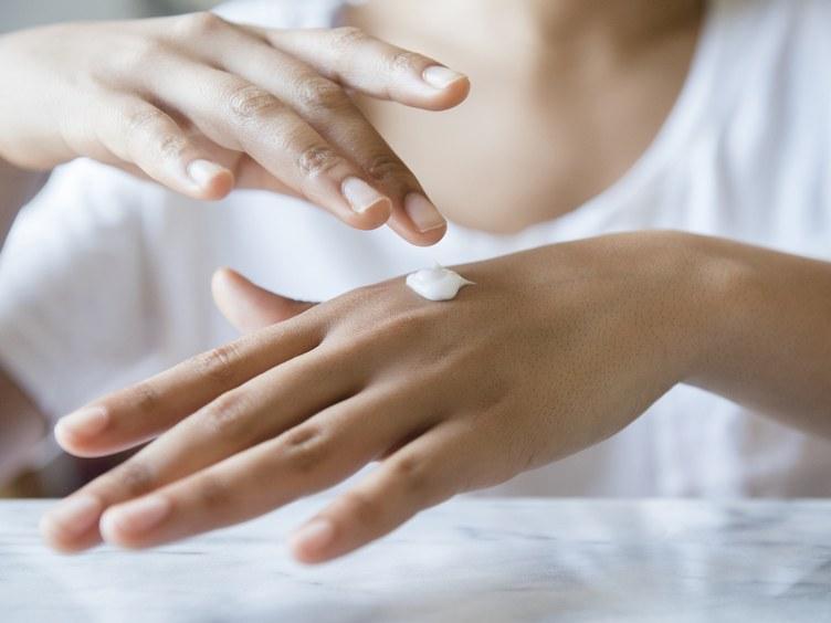 Prevención y Tratamiento para la Piel Seca y Escamosa